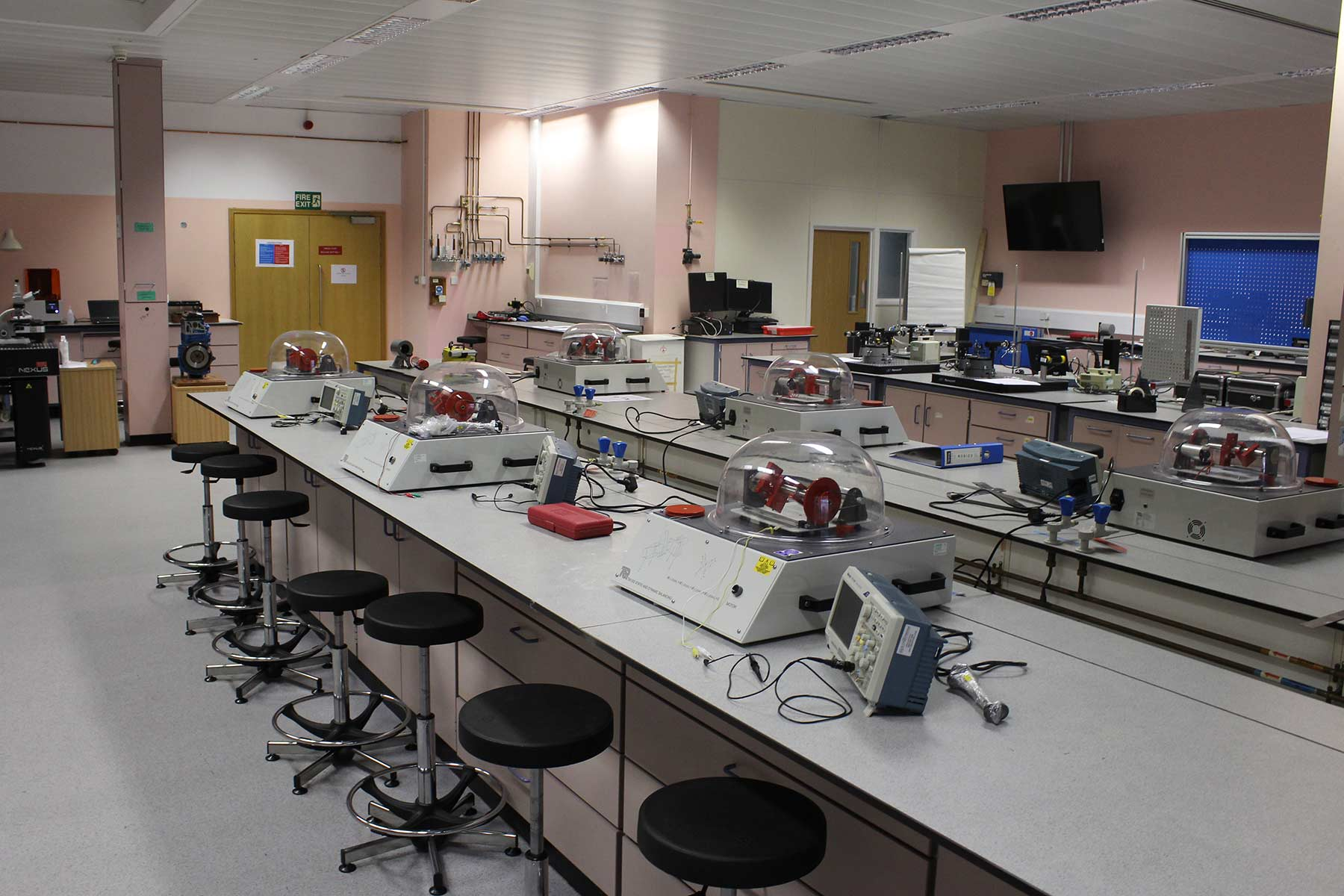 The Physical Science and Engineering Laboratory at Thornton