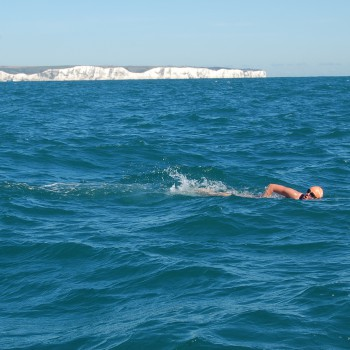 Dr Dawn Llewellyn swimming the Channel.