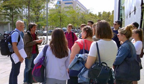 Students hear from an architect in Barcelona
