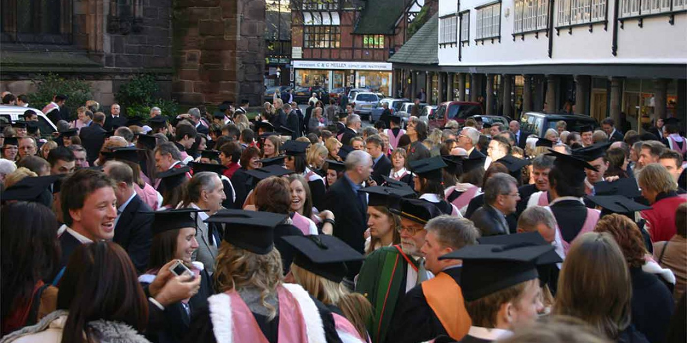 Preparing for the Day | Awards and Ceremonies | University of Chester