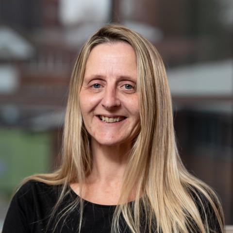 Suzanne Francis profile photo
