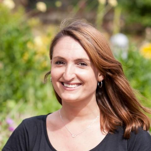 Dr Anna Clayfield