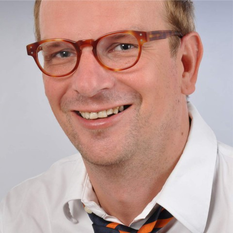 Professor  Timo Obergӧker profile photo