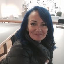 Mary Lamb staff profile photo