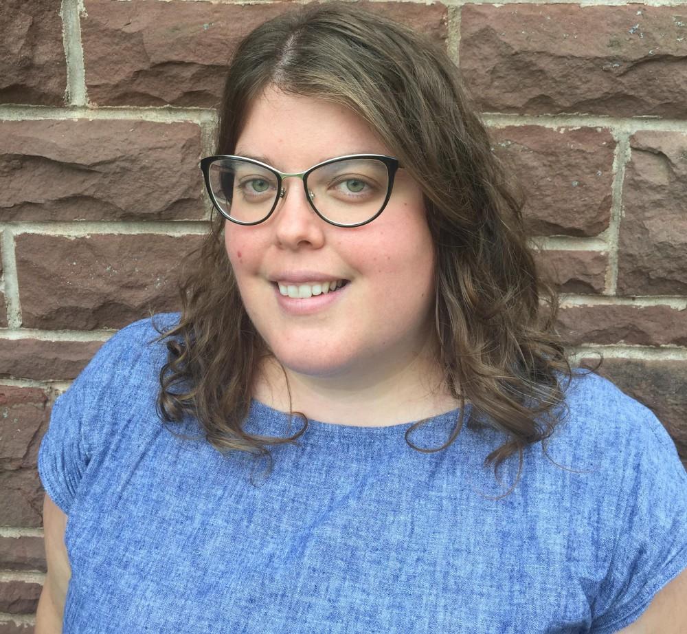 Dr Erin Spinney