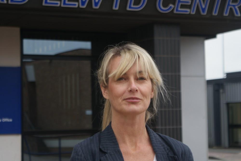 Professor Lynne Kennedy