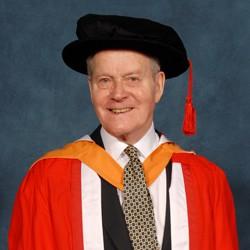 alumni Dr Clifford Kay CBE FRCGP