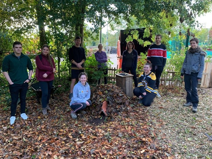 Volunteering and leading Welly Wednesdays, a student led volunteering conservation group