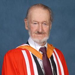 alumni Sir Donald Insall CBE FR TIBA
