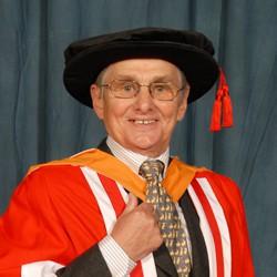 alumni  Willie Carson OBE